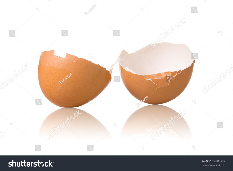 空了蛋壳孤立在白色背景.-食品及饮料,自然-海洛创意图片