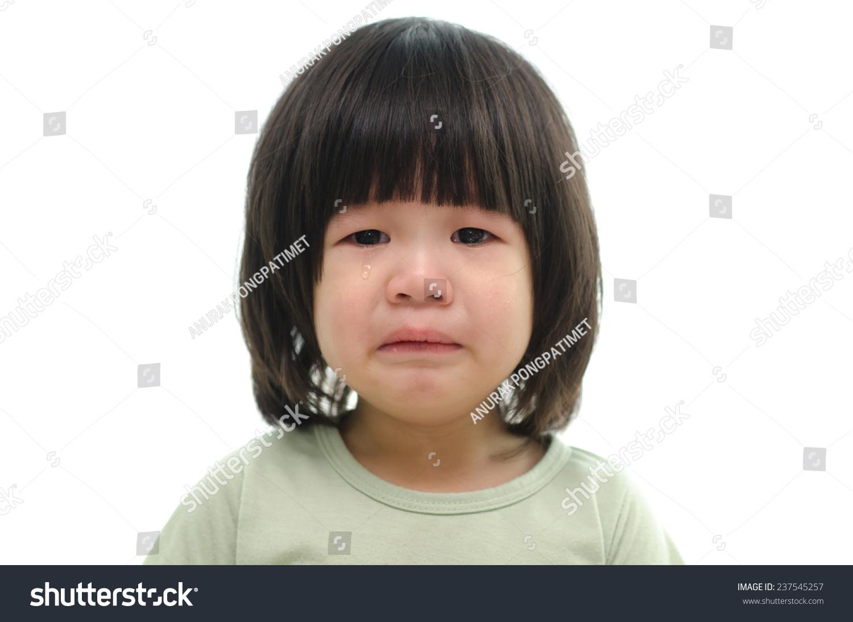 可爱的亚洲婴儿哭在白色背景隔离-医疗保健
