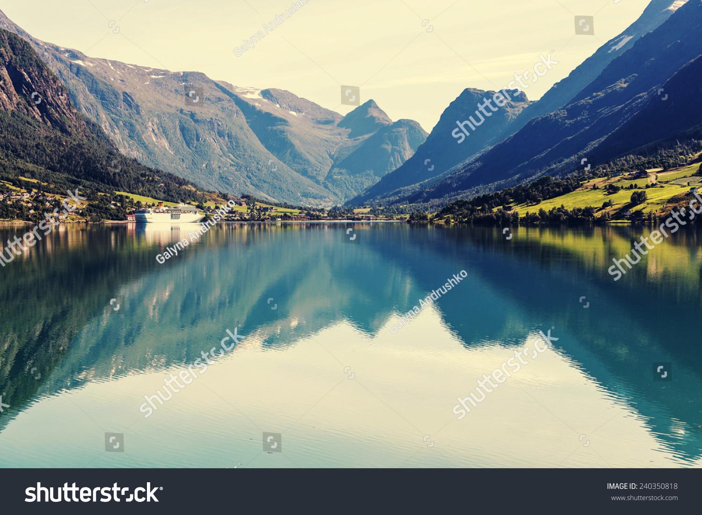壁纸 风景 山水 摄影 桌面 1500_1100