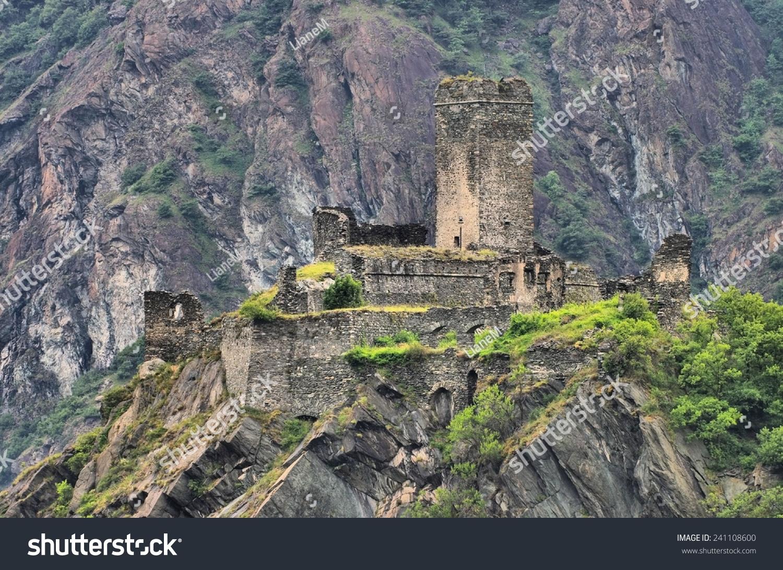 montjovet城堡-建筑物/地标-海洛创意(hellorf)-中国