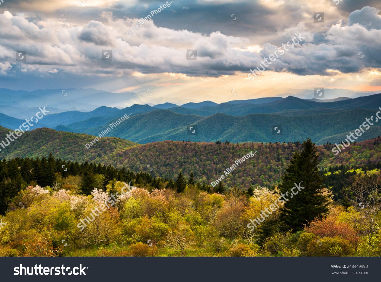 北卡罗莱纳蓝岭风景区干道风景阿什维尔齿条附的数控图纸斜图片