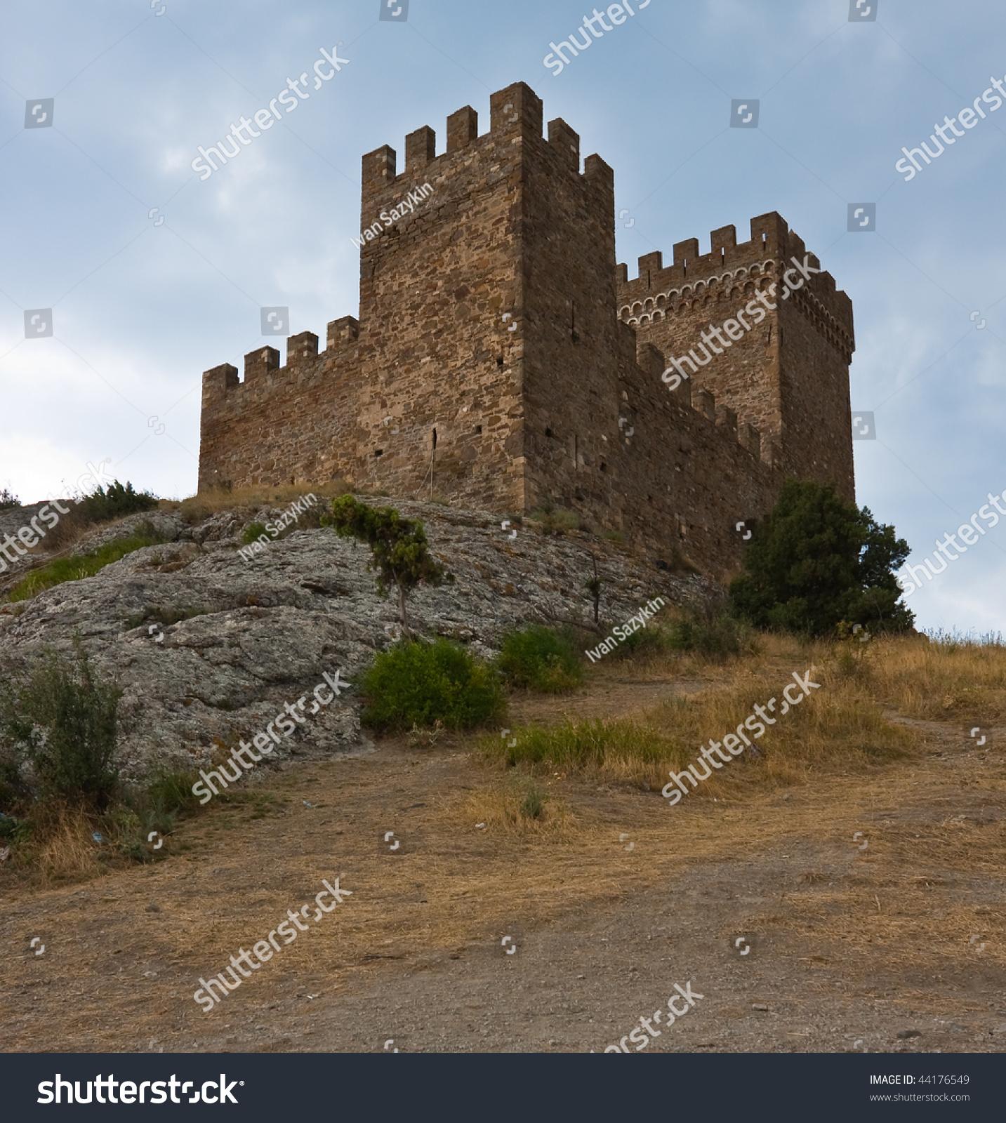 热那亚的中世纪城堡图片