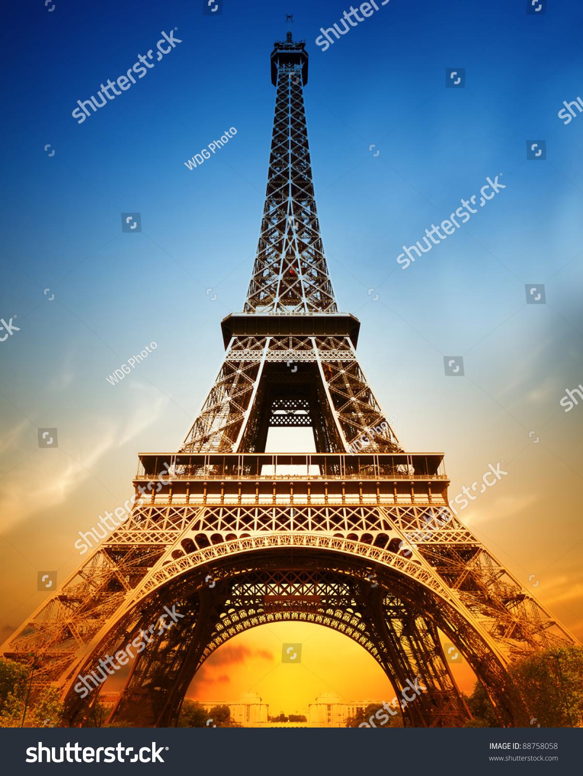 雄伟的埃菲尔铁塔-公园/户外